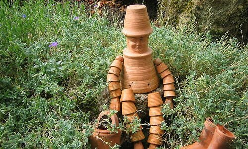 Flower pot man by Nadia308 (https://www.flickr.com/photos/nadiapriestley/177161311/in/photostream/) via Creative Commons
